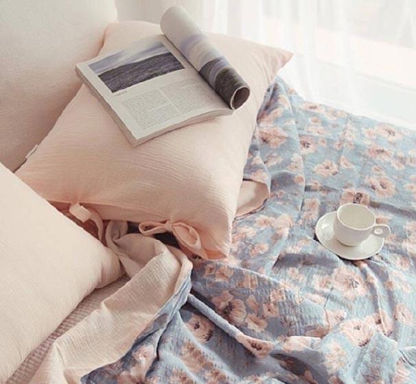 卧室布艺床布置欣赏图