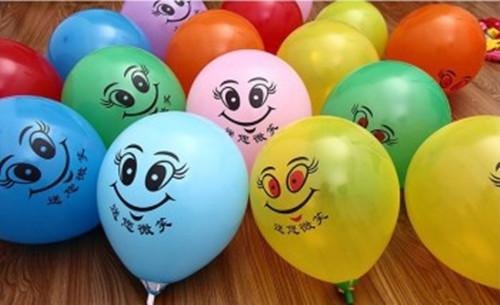 四,婚房的气球布置可以利用最简单的一种方案.图片