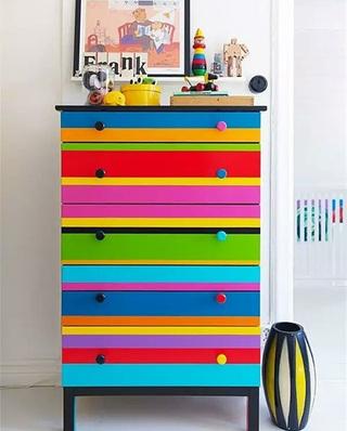 彩色玄关柜效果图