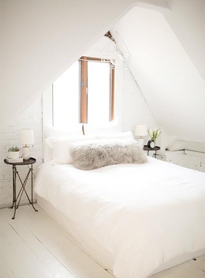极简风卧室设计实景图