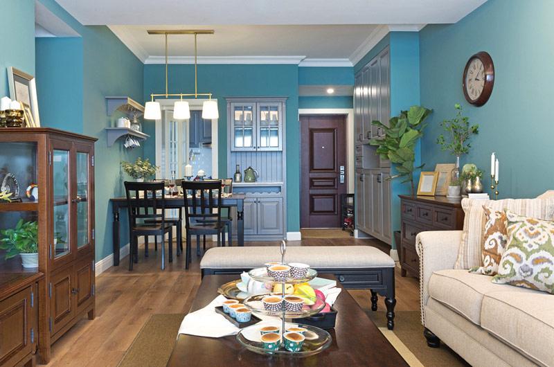 86平美式风格三居客厅装修图