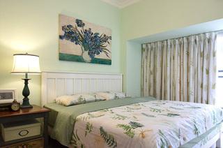 78平美式风格二居主卧室装修