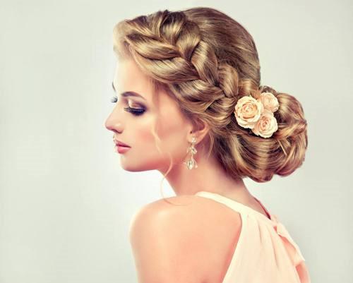 新娘头发造型图片 好看的新娘发型有哪些