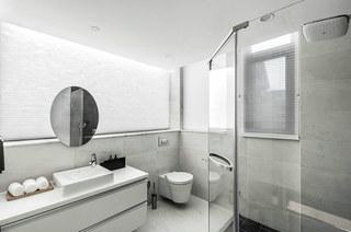 400平独栋别墅装修卫生间设计