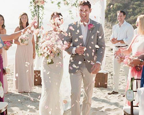 婚礼对唱歌曲大全2017 适合新郎新娘对唱的歌有哪些图片