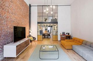 工业风格阁楼旧房改造装修 复古与现代并存1/10