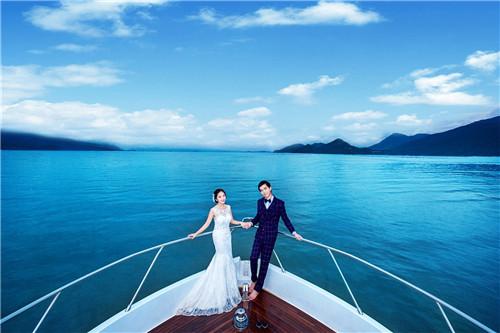 婚纱照海景图片 海景婚纱照穿什么婚纱好看图片