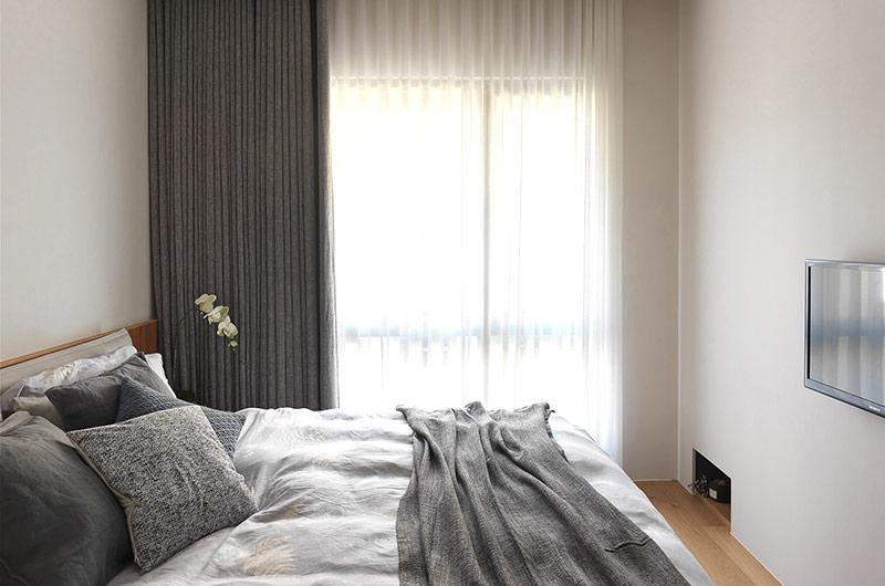 简约风格二居室装修主卧室设计