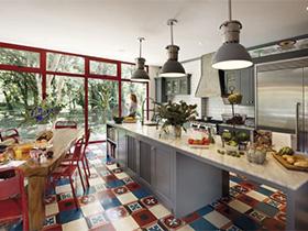 原始的妆容  10款工业风厨房设计实景图