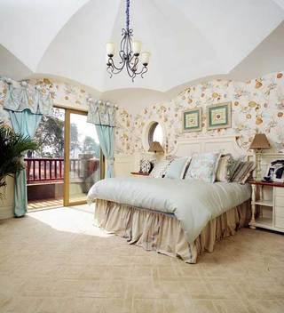美式乡村小别墅阁楼卧室欣赏图