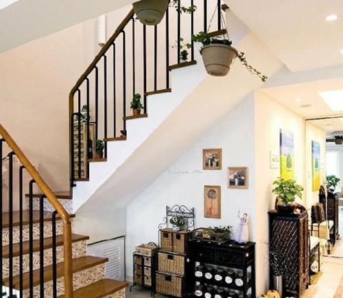 小户型跃层楼梯装修效果图 110小户型跃层楼梯装修案例