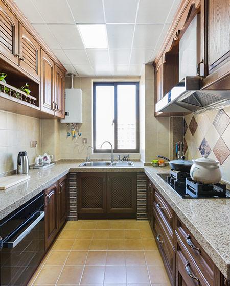 135平简美风格装修厨房装修实景图