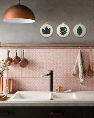 厨房背景墙装修瓷砖图片