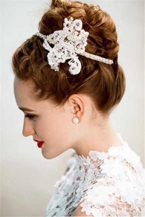妈妈婚礼发型图片欣赏 妈妈发型搭配图片