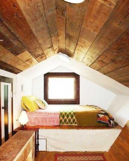 阁楼卧室设计参考图片