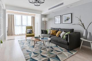 140平北欧风格三居布艺沙发图片