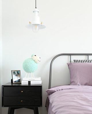 91平北欧风格二居卧室吊灯图片