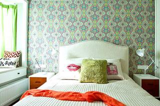 82平混搭风格二居卧室壁纸图片