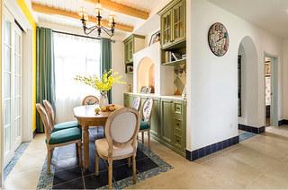 130平地中海风格三居餐厅吊灯图片