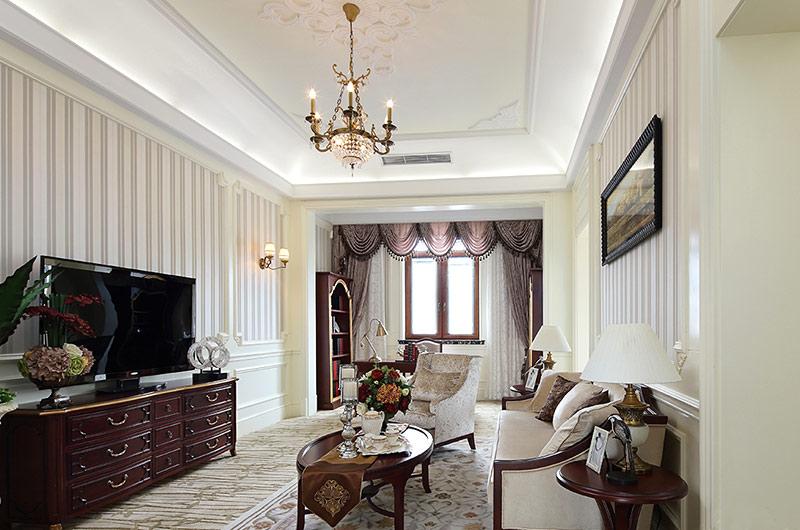 欧式古典风格样板房电视背景墙壁纸