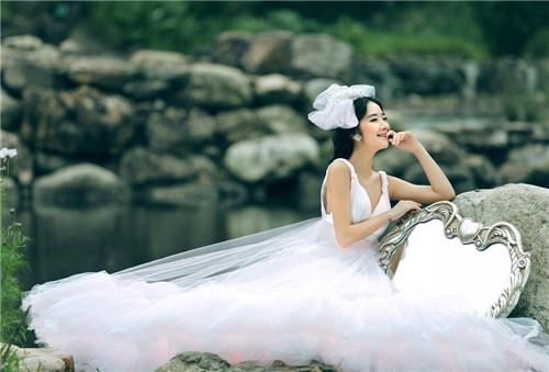婚纱影楼网站盘点 网上怎样订婚纱