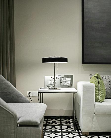 24平单身公寓装修台灯效果图