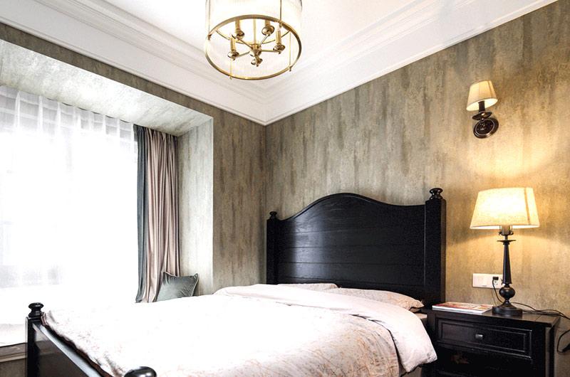 140平美式风格三居卧室壁纸图片