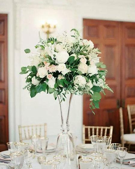 餐桌装饰花器图片