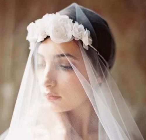 新娘头纱造型图片大全 2017新娘头纱款式推荐_婚纱图片