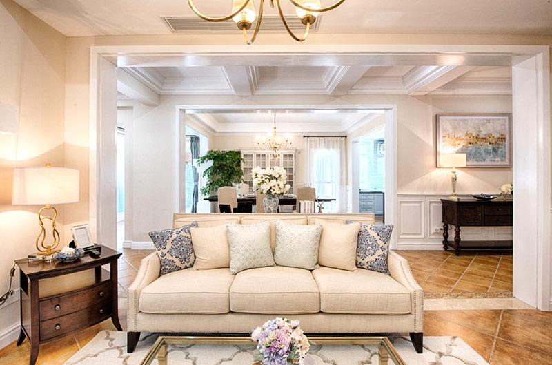 260平美式复式楼沙发隔断设计