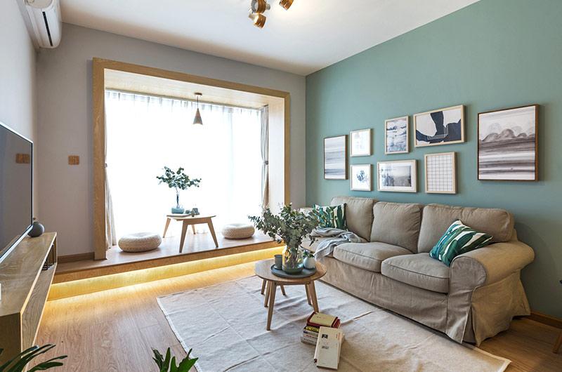 52平一室一厅装修布艺沙发图片