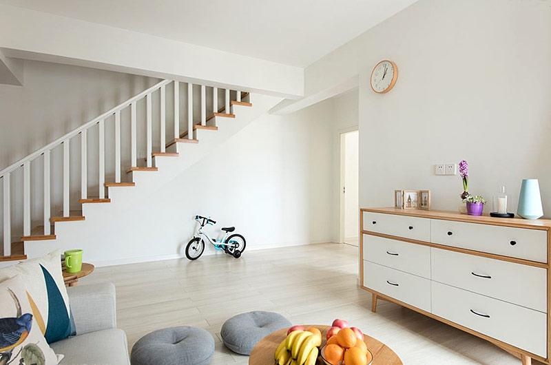 140平北欧风格复式楼展示柜图片