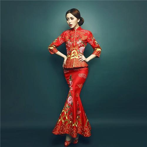 新娘礼服_结婚新娘婚纱礼服准备几套 敬酒服一定要红色的吗