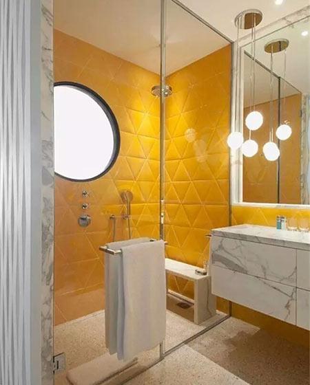 卫生间设计黄色瓷砖效果图