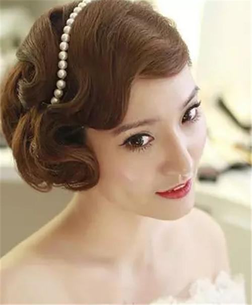 婚礼当天新娘发型要怎么打造 2017完美新娘发型推荐