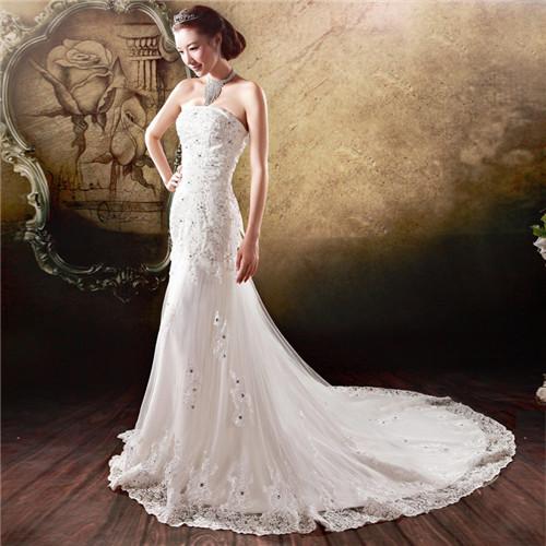 婚纱图片唯美裙摆很长分享 长尾婚纱怎么挑