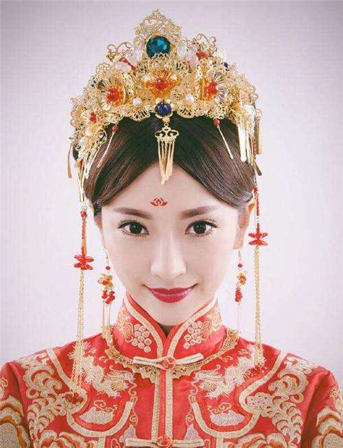 古代新娘发型推荐 中式婚纱照新娘复古发型有哪些