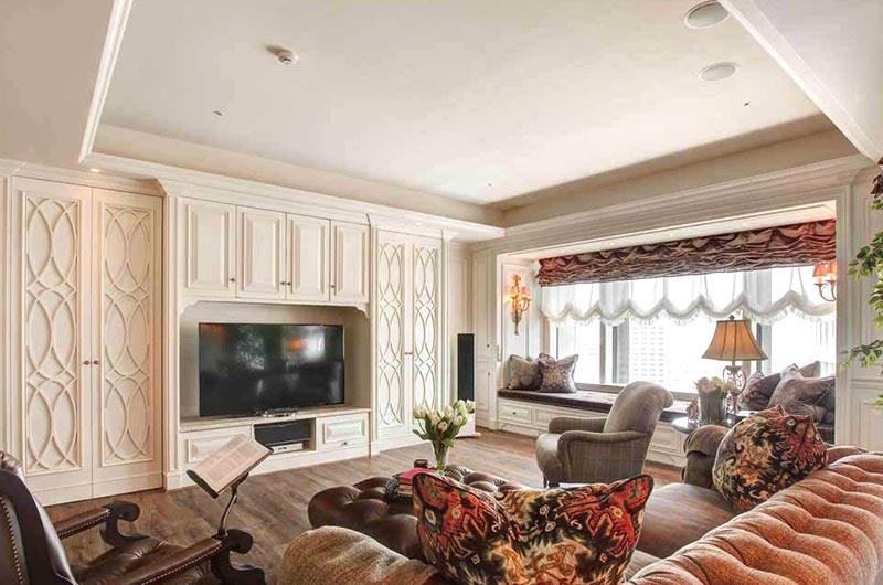 法式风格三居室电视柜设计图