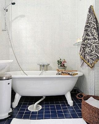 小户型装修卫生间浴缸图