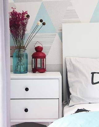80㎡ 两居室装饰品图