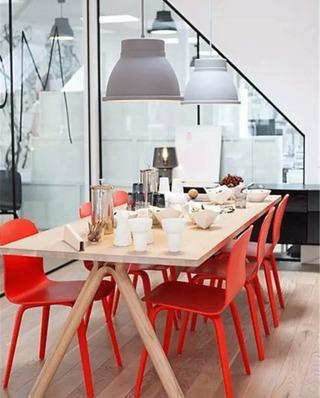 宜家风格红色餐厅餐椅