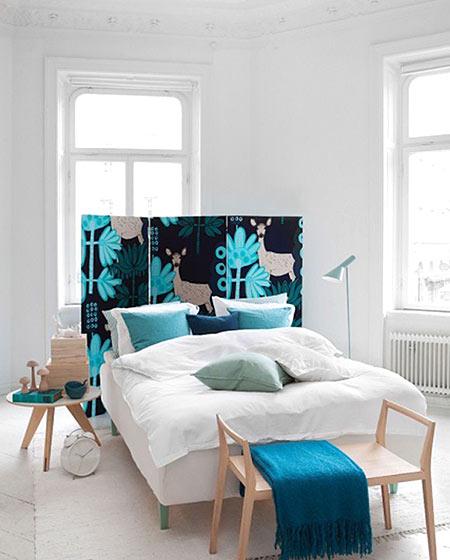 卧室床头屏风装饰图