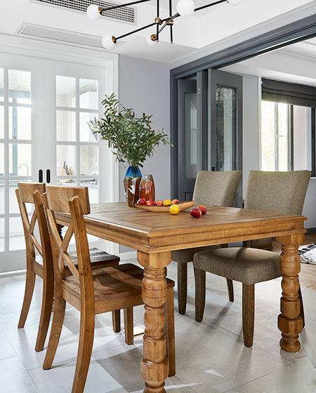 165平混搭风格公寓实木餐桌效果图