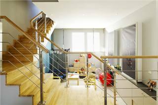 四居室楼梯装饰效果图