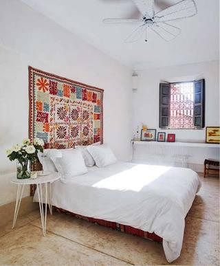 现代简约风卧室构造图