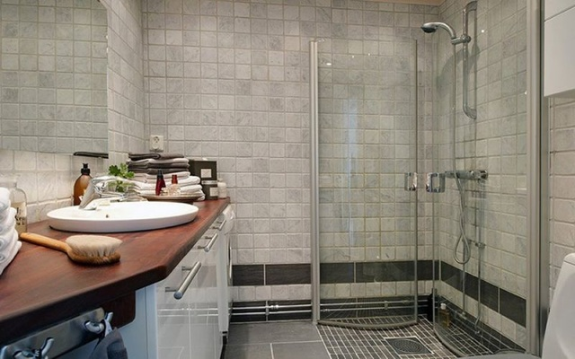 卫生间瓷砖装修效果图 装修出精致舒适的卫生间