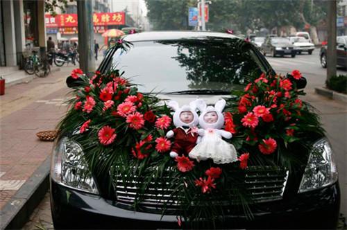 婚车装饰图片创意设计鉴赏 婚车要怎么打造好看