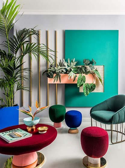 多彩客厅装饰背景墙欣赏图