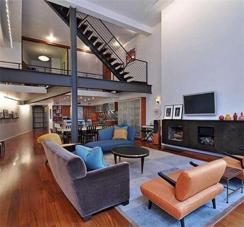复式楼,就是指在有限的面积里面,将一个楼层平面局部做成二层楼的户型图片