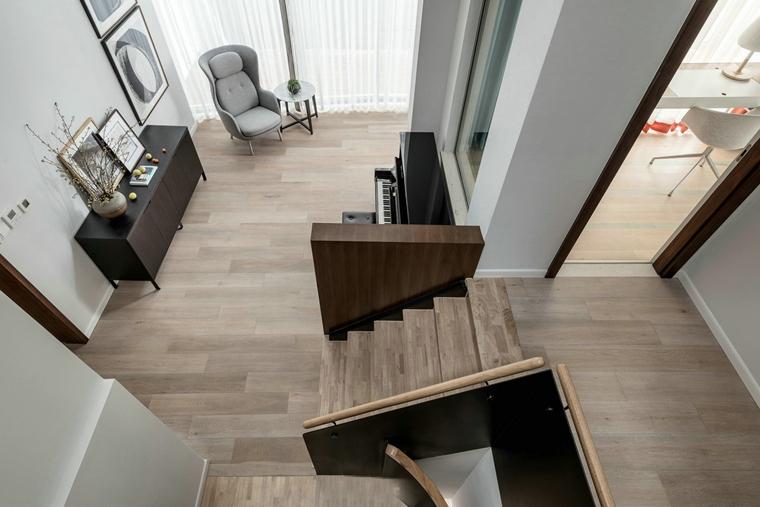 简约风格别墅设计实木楼梯效果图